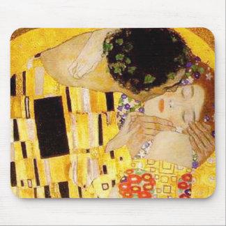 Mousepad Gustavo Klimt o clássico do beijo