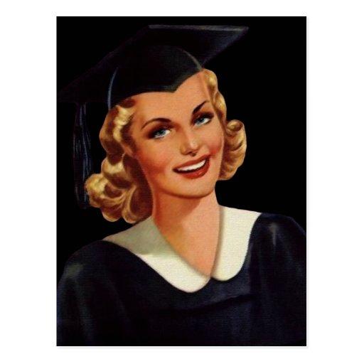 Mulher da graduação de Co-Ed da faculdade do Cartão Postal