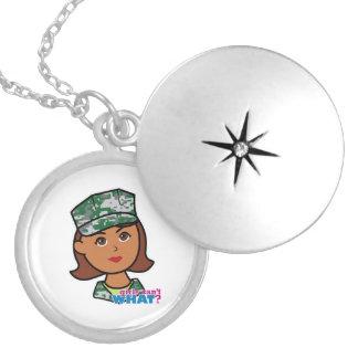 Mulher militar bijuterias