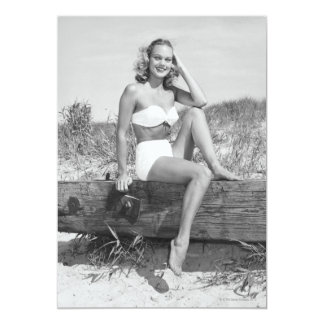 Mulher no biquini convite 12.7 x 17.78cm