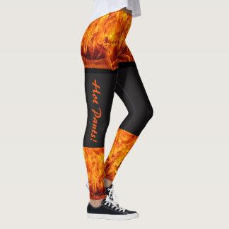Mulheres ardentes das caneleiras das calças leggings