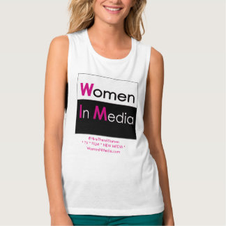 Mulheres no branco da camiseta do músculo dos