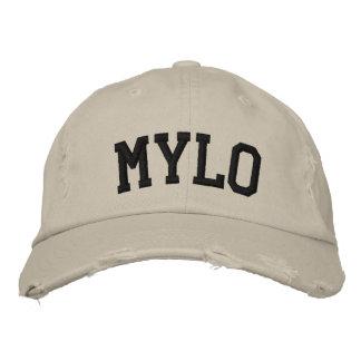 Mylo bordou o chapéu