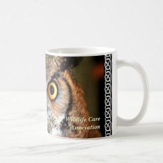 nala com beira, associação do cuidado dos animais caneca de café