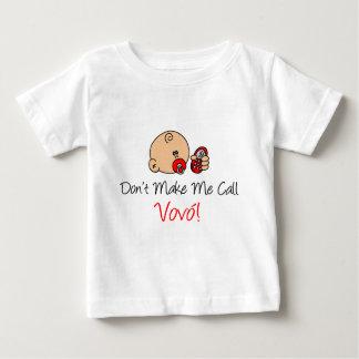 Não me faça a chamada Vovo (a avó) T-shirt