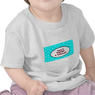 Não pode CONFIAR estrelas cianas liberais O MUSEU  T-shirts