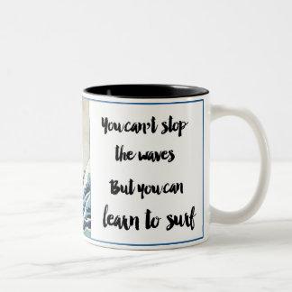 não pode parar o copo de café das ondas caneca de café em dois tons