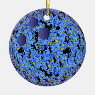 Natal alegre da boliche ornamento de cerâmica redondo
