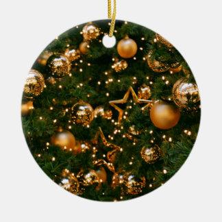 Natal dourado ornamento de cerâmica