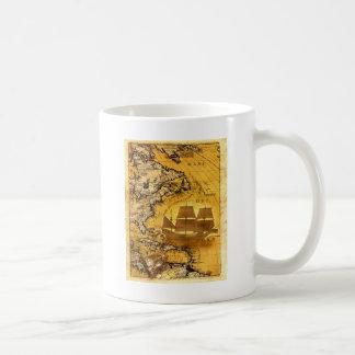 Navio de tesouro caneca de café