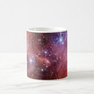 Nebulosa Running do CEN do Lambda da nebulosa da Caneca