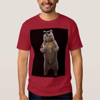Necessidades do urso camisetas