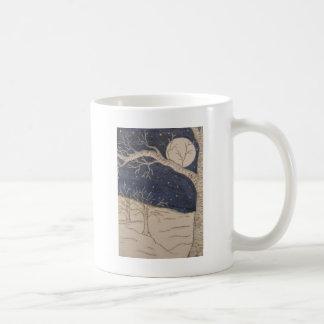 Noite do inverno caneca de café
