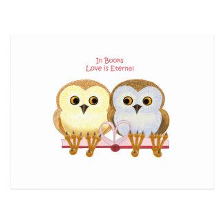 Nos livros o amor é eterno cartão postal