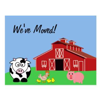 Nós movemo-nos (o estilo da fazenda animal) cartão postal