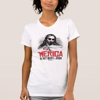 Nós obtivemos a cerveja e o Jesus - o humor de T-shirt