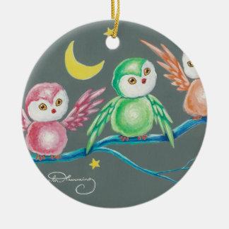 Nós três corujas ornamento de cerâmica redondo