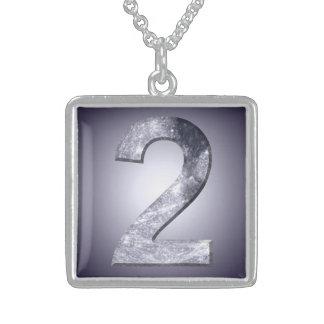 Número místico do símbolo dois lunar afortunado colar de prata esterlina