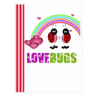 O amor desinseta o cartão do dia dos namorados cartao postal