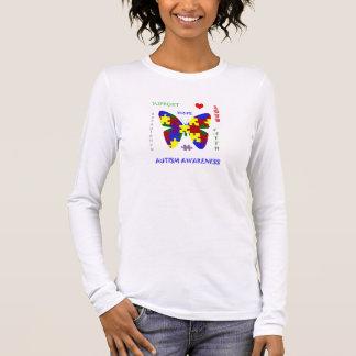 O amor do autismo e apoia 4 a consciência T Camiseta Manga Longa