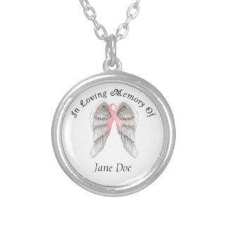 O anjo do cancro da mama voa a colar da memória