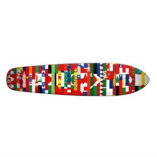 O asiático embandeira o skate