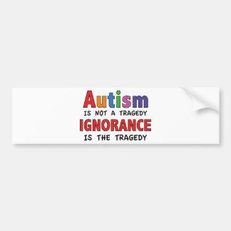 O autismo não é uma tragédia, ignorância é a adesivo para carro