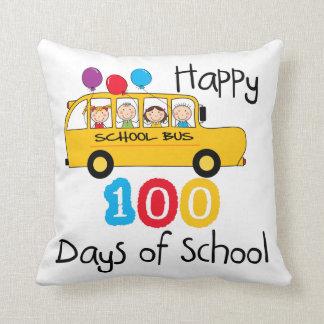 O auto escolar comemora 100 dias travesseiros de decoração