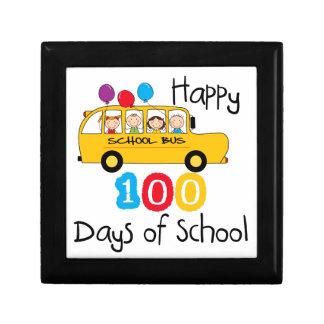 O auto escolar comemora 100 dias estojo para jóias