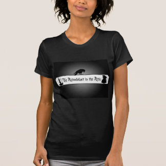 O Autodidact no t-shirt do sótão