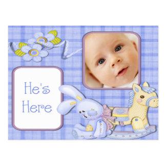 O azul brinca o anúncio do nascimento da foto cartão postal