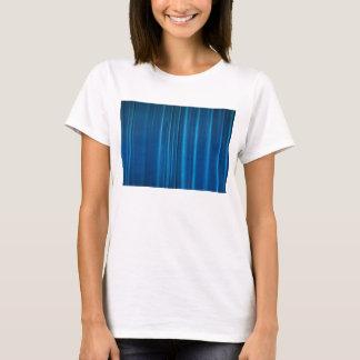 O azul drapeja camiseta