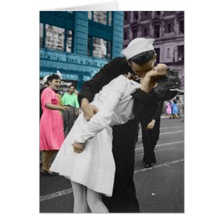 O beijo da segunda guerra mundial cartão comemorativo