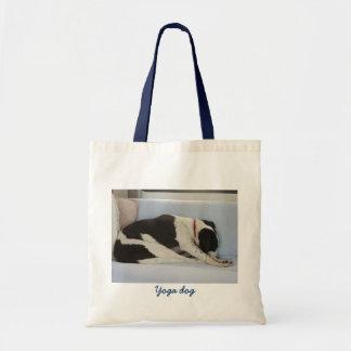 O bolsa do cão da ioga