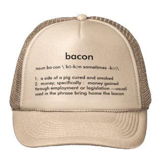 O boné de beisebol dos homens do bacon