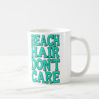 O cabelo da praia não se importa o Tshirt Caneca