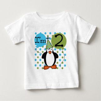 ò Camiseta e presentes do aniversário do pinguim