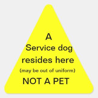 O cão do serviço reside aqui etiqueta
