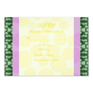 O carnaval pontilha RSVP verde, roxo, amarelo Convite 8.89 X 12.7cm