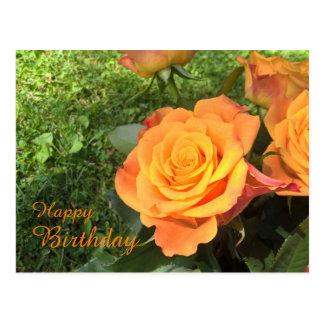 O cartão floral do aniversário com laranja bonita cartão postal
