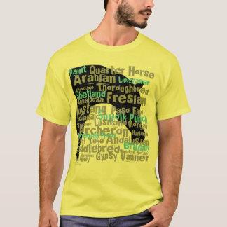 O cavalo produz o amarelo do t-shirt dos homens