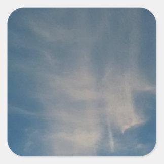 O céu azul de queda drapeja adesivo quadrado