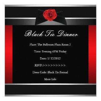 O comensal de traje de cerimónia vermelho formal i convites