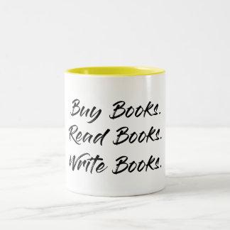 O comprar, escreve, lê a caneca