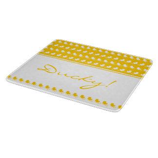 O conselho de corte ducky amarelo engraçado tabua de cortar
