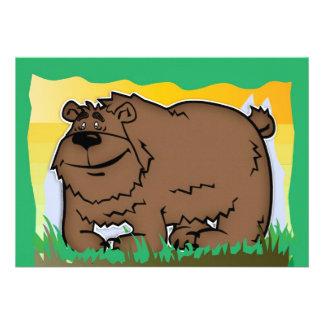 O convite de aniversário da criança com urso do ab