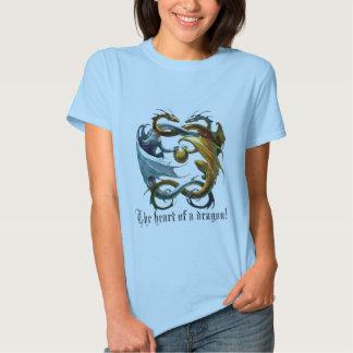 O coração de um dragão! tshirts