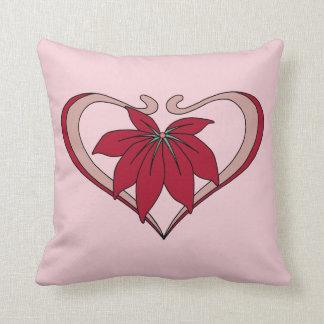 O coração e a flor de Nouveau da arte amam o Travesseiros