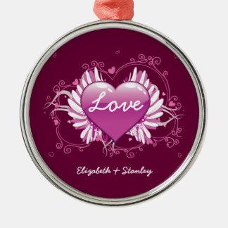 O coração roxo voa o dia dos namorados do amor dos ornamento redondo cor prata
