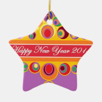 O cumprimento de ano novo ornamento de cerâmica estrela